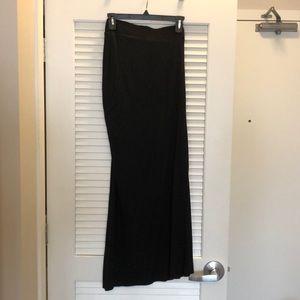stem Skirts - Stem Side Rouched Slit Maxi